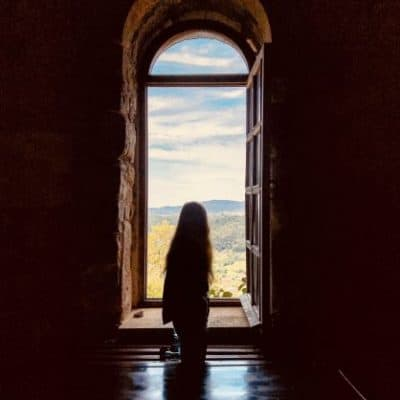 How to Find the Courage to Embrace New Beginnings